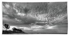 Sanibel Island Sunrise In Black And White Bath Towel