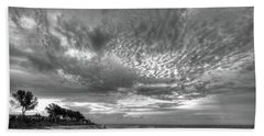 Sanibel Island Sunrise In Black And White Bath Towel