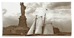 Schooner At Statue Of Liberty Twurl Hand Towel by Tom Wurl