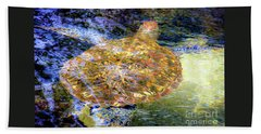 Bath Towel featuring the photograph Sea Turtle In Hawaii by D Davila