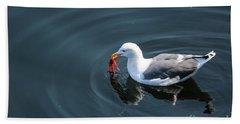 Seagull Feasting On Crab Bath Towel