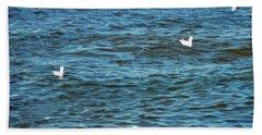 Seagulls And Water Art Bath Towel