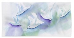 Seagulls Feeding Abstract Bath Towel