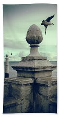 Hand Towel featuring the photograph Seagulls In Columns Dock by Carlos Caetano