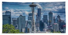 Seattle's Urban Landscape Bath Towel