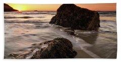 Seaweed Singing Beach Hand Towel