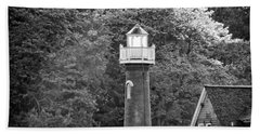Hand Towel featuring the photograph Sedgely Club - Turtle Rock Lighthouse by Bill Cannon