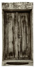 Hand Towel featuring the photograph Seeking Sanctuary - 2 by Stephen Stookey