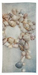 Shell Wreath Hand Towel