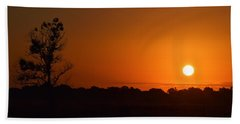 Hand Towel featuring the photograph Silent Sunrise by John Glass
