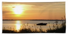 Bath Towel featuring the photograph Silhouette By Sunset by Kennerth and Birgitta Kullman