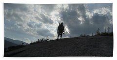 Silhouette Of A Hiker On Middle Sugarloaf Mountain - White Mountains New Hampshire Usa Hand Towel