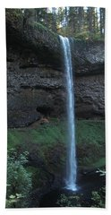 Bath Towel featuring the photograph Silver Falls by Thomas J Herring