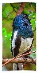 Singing Ceylonese Robin-magpie Hand Towel