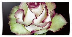 Single Beautiful Rose Bath Towel