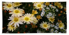 Hand Towel featuring the photograph Single Chrysanthemums by Kathryn Meyer