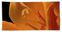 Hand Towel featuring the photograph Single Drop by Jean Noren