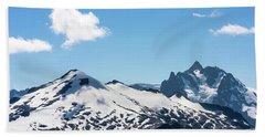 Snow-covered Peaks In North Cascades Bath Towel