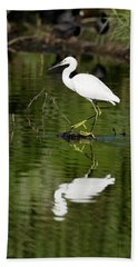 Snowy Egret Reflection Bath Towel