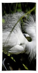 Hand Towel featuring the photograph Snowy Egret by Steven Sparks