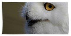 Snowy Owl Up Close Bath Towel by Steve McKinzie