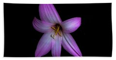 Bath Towel featuring the photograph Solo In Pink by Judy Hall-Folde