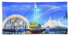 Bath Towel featuring the photograph Space Mountain Entrance Panorama by Mark Andrew Thomas