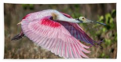 Spoonbill Winging It Bath Towel
