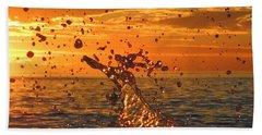 Hand Towel featuring the photograph Splash by Linda Hollis