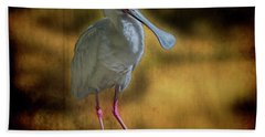 Bath Towel featuring the photograph Spoonbill by Lewis Mann