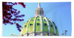 Bath Towel featuring the photograph Spring's Arrival At The Pennsylvania Capitol by Shelley Neff