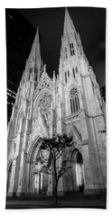 St Patrick Cathedral Black And White  Hand Towel
