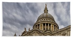 Bath Towel featuring the photograph St Pauls Cathedral by Shirley Mitchell