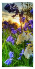 Standing Out Hand Towel by Isabella F Abbie Shores FRSA