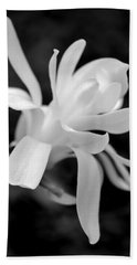 Star Magnolia Flower Black And White Bath Towel