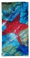 Bath Towel featuring the painting Starfish 2 by Judi Goodwin