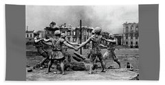 Statue Of Children After Nazi Airstrikes Center Of Stalingrad 1942 Bath Towel