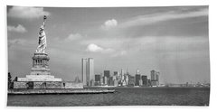 Statue Of Liberty And Twin Towers Bath Towel