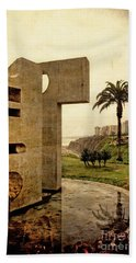 Bath Towel featuring the photograph Stelae In The Park - Miraflores Peru by Mary Machare
