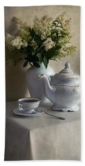 Still Life With White Tea Set And Bouquet Of White Flowers Bath Towel