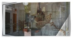 Bath Towel featuring the photograph Store Front To Let by Skip Willits