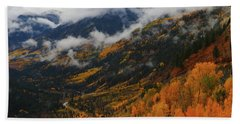Storm Clouds Over Mcclure Pass During Autumn Bath Towel