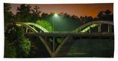 Street Light On Rogue River Bridge Bath Towel