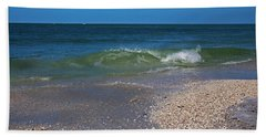 Hand Towel featuring the photograph Summer At The Shore by Michiale Schneider