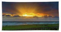 Sun Rays At Long Beach Washington During Sunset Hand Towel