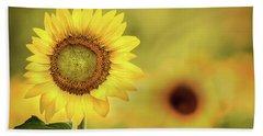 Sunflower In A Field Bath Towel