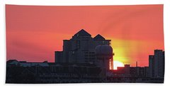 Hand Towel featuring the photograph Sunrise At 17th St by Robert Banach