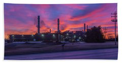 Sunrise At Waupaca Foundry Plants 2 And 3 3-24-2018 Bath Towel