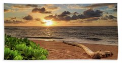 Hand Towel featuring the photograph Sunrise In Kapaa by James Eddy