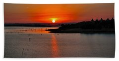 Bath Towel featuring the photograph Sunrise Over Lake Ray Hubbard by Diana Mary Sharpton